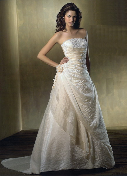 wedding gowns   Of Weddings And Tiaras